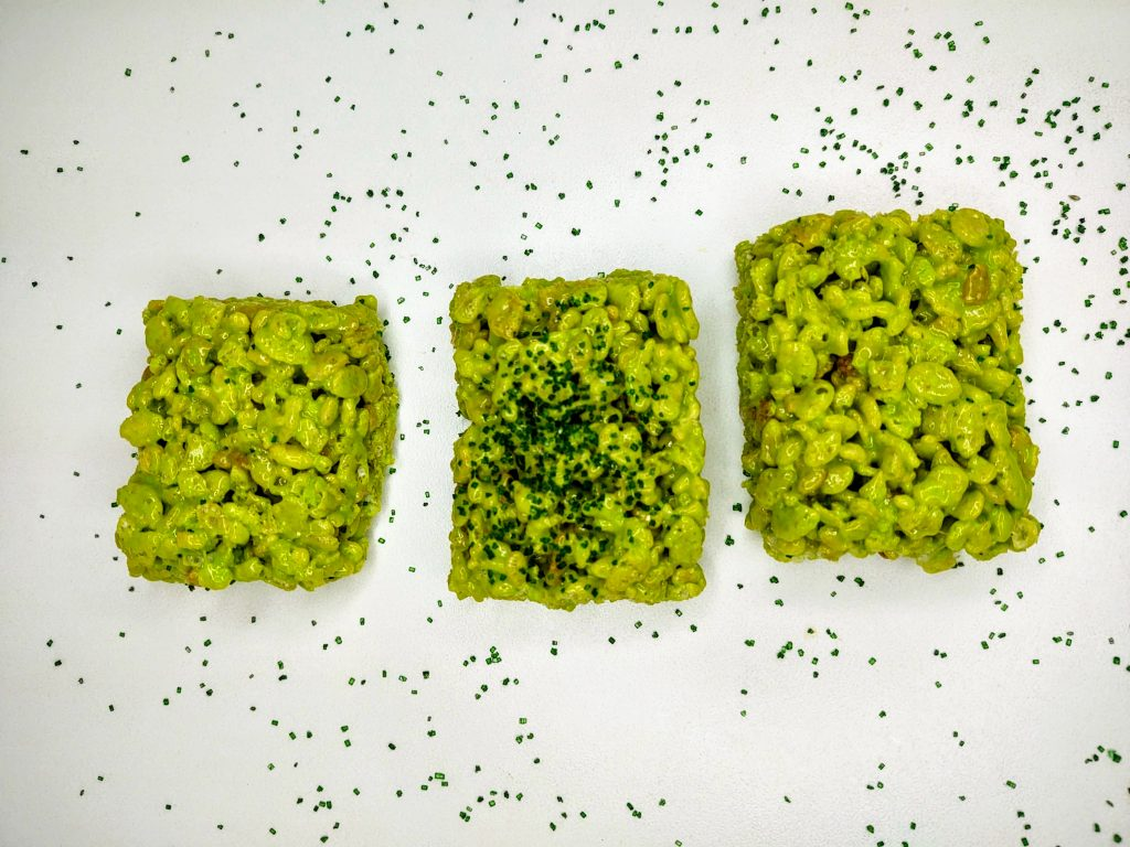 row of 3 green rice krispie treats