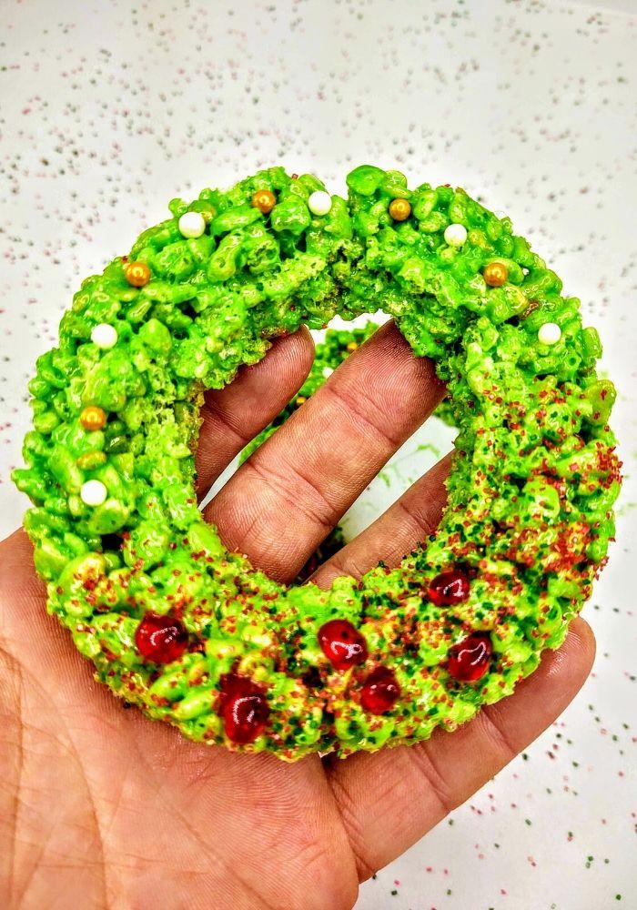 holiday wreath rice krispie treat